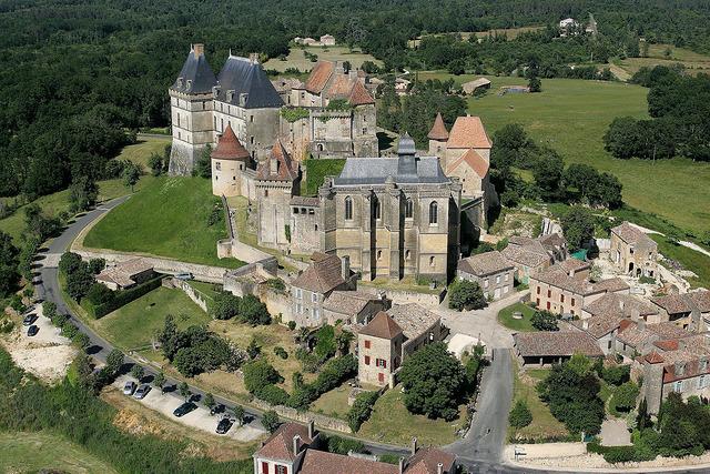 Château de Biron - © Pays des bastides
