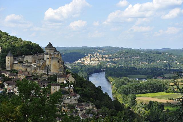 Vallée de la Dordogne - © Jonathan Barbot