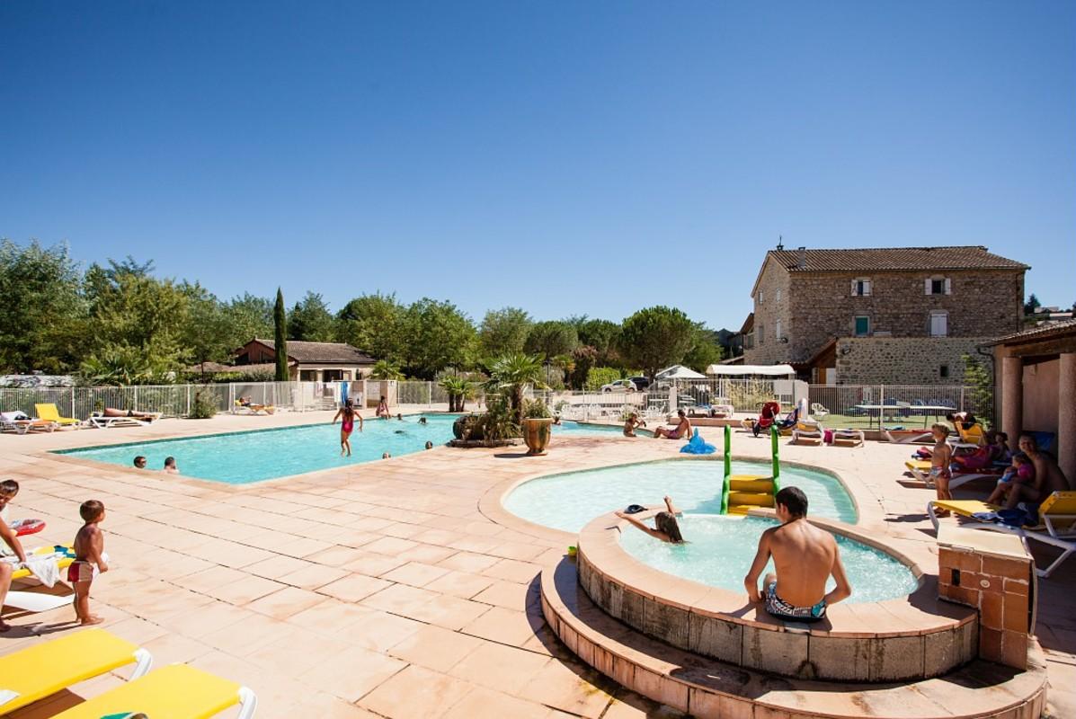 Camping piscine Nouzarède