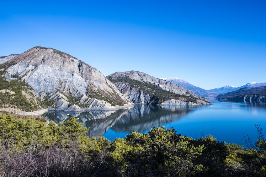 Lac de Serre-Ponçon Alpes